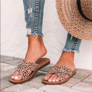 Cheetah Print Adjustable Buckle Criss Cross Sandal